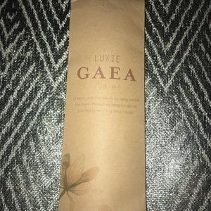 Two makeup brushes/ luxie gaea (not free shipping)